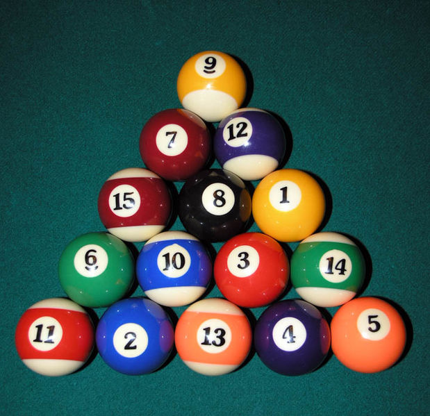 619px-eight_ball_rack_2005_seanmcclean1