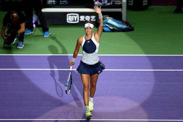 Garbiñe Muguruza se clasifica para las semifinales de las WTA Finals