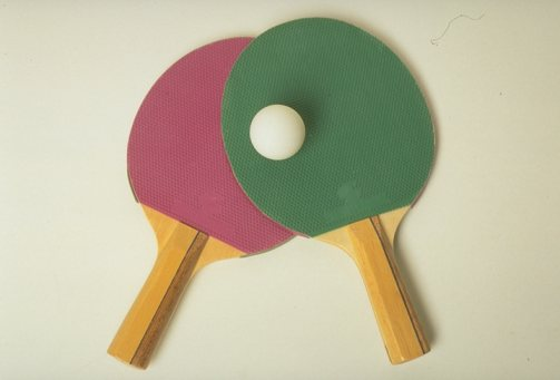 Reglas de ping pong deportes for Dimensiones mesa ping pong